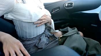 《《初撮り》》 【素人】フェラ経験2人の19歳読モをしている専門生の一生懸命な車内フェラ!【個人撮影】