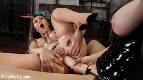 Chanel Preston, Paige Owens - Wide Open Chanel Preston Stretches Out Paige Owens Permagape Asshole [SD/400p]
