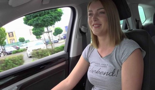 Sexy Russian Girl Was Caught For Hot Sex [FullHD]