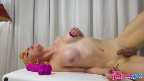 TGirls.xxx - Kellie Shaws Huge Toy 9 December 2019 - Trans, Shemale Porn Video