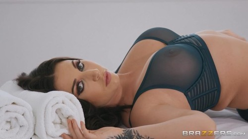 Lingerie Rubdown [HD]