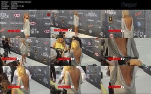 Charlotte McKinney Video Desliz Vestido Culo