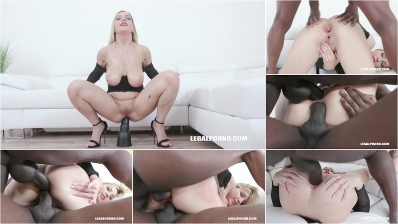 Busty Siya Jey tests black bulls IV444 [HD 720P]