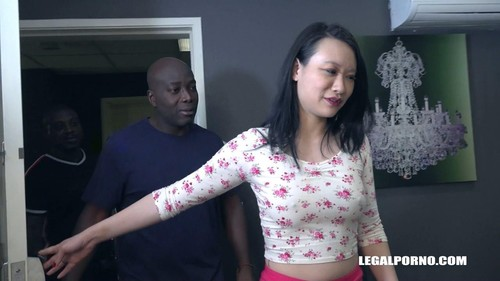 Zoe Lark Goes Black Iv464 [HD]