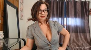 CamWhores Victoria Raye - A little ass worship before work video Victoria Raye