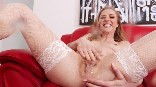 Karla Kush Is An Extra Wet Squirting Anal Whore [SD]