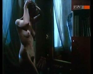 Nicole Ansari  nackt
