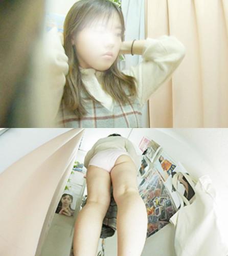 プニプニした感じの女の娘 僕のお店の試着室225