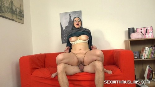 Ameli - Muslim Milf Pays For Service With Her Body