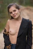 Pola - Undressing  (2020-03-14)