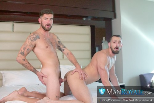 ManRoyale - I Got Seduced By My Stepbro: Johnny B, Chris Damned
