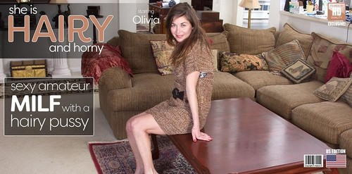 Olivia Johnson - Flashing Mature Lady With A Hairy Pussy (SD)