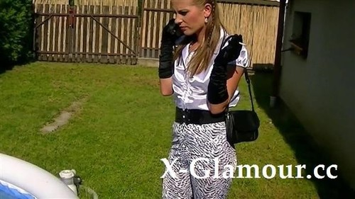 Blowjob In A Blouse [FullHD]