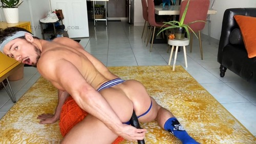 Falcon - Pumped With Skyy Knox (Aug 7)