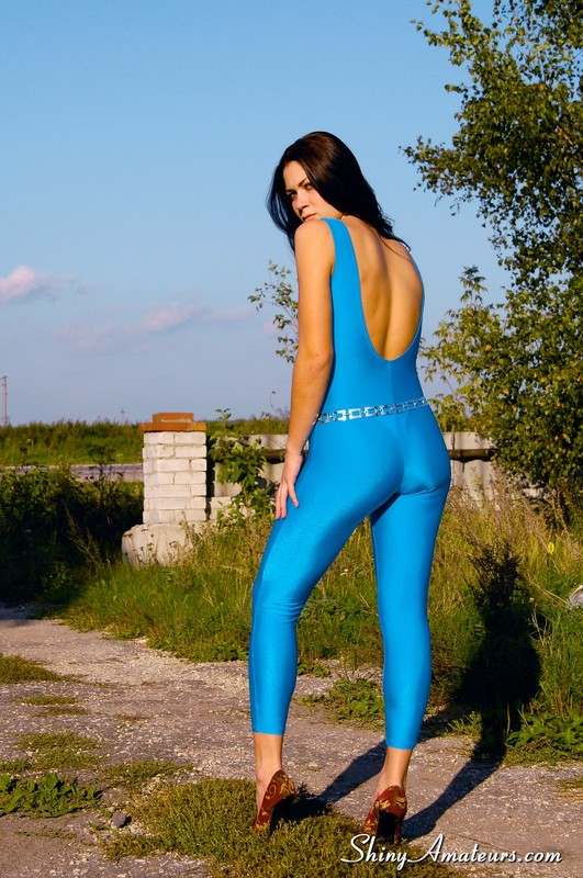 beautiful college babe in blue unitards & high heels