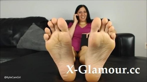 Lick These Soles Clean [FullHD]