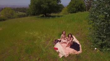 Naked Glamour Model Sensation  Nude Video - Page 7 Dgakkqf6ixg8