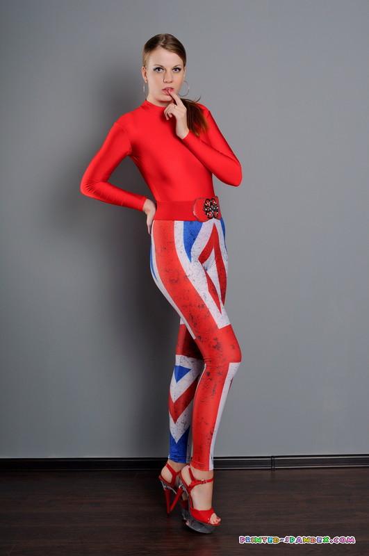 british chick Julia V in kinky leggings & high heels