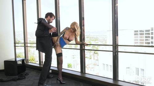HandsOnHardcore 20 09 15 Sarah Jessie Nailed By Boss Big Cock XXX 1080p MP4-XXX