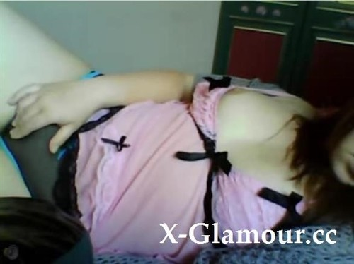 """Amateurs in """"Cute Brunette Honey And Her Dildo"""" [SD]"""