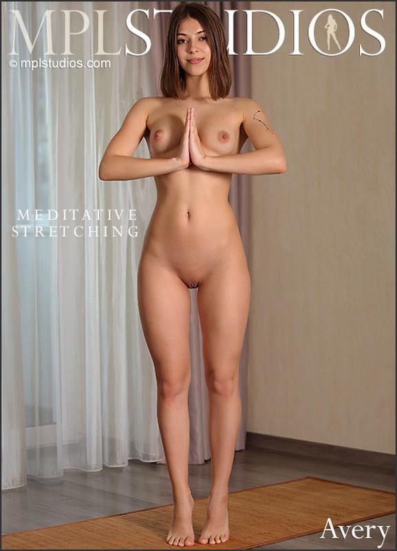 Avery - Meditative Stretching (2020-09-25)