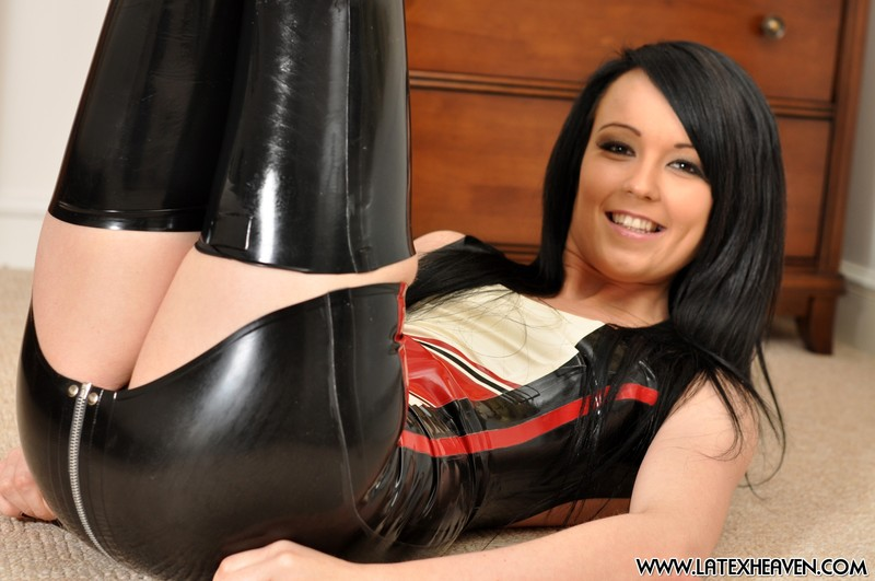 brunette model Sarah in candid latex bdsm outfit