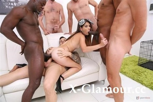 Teen Pet Sara Bell Gangbanged By 6 Guys With Dp And Piss Drinking Sz2500 [HD]