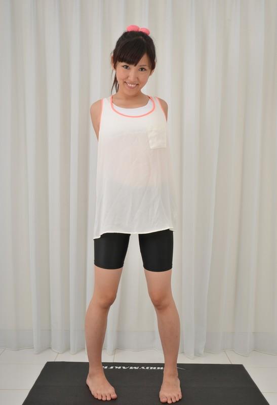 asian gym instructor Chia Kinoshita in black spandex shorts
