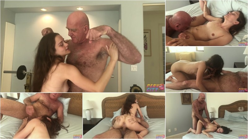 Lily Glee Muscle Daddy Claudio Fucks Young Tight Slut [FullHD 1080P]