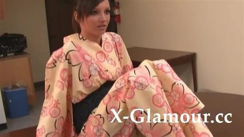Kinky In Kimono [HD]