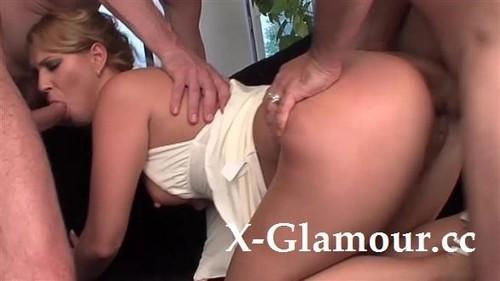 Gangbanged Blondie [HD]