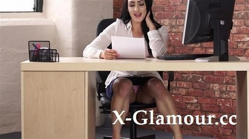Under The Table Upskirt [HD]