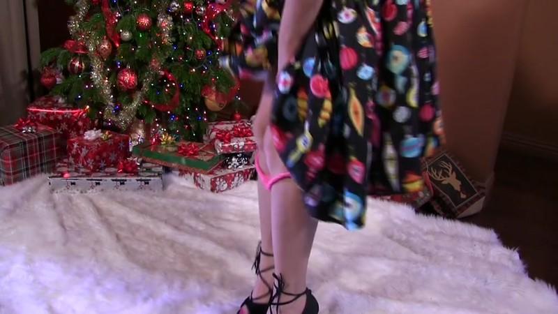 Clips4Sale - Anastasia Pierce - Step-Mommy For XMas [HD]