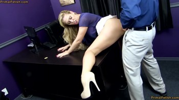 Hypno fuck loan specialist Cherie Deville at work