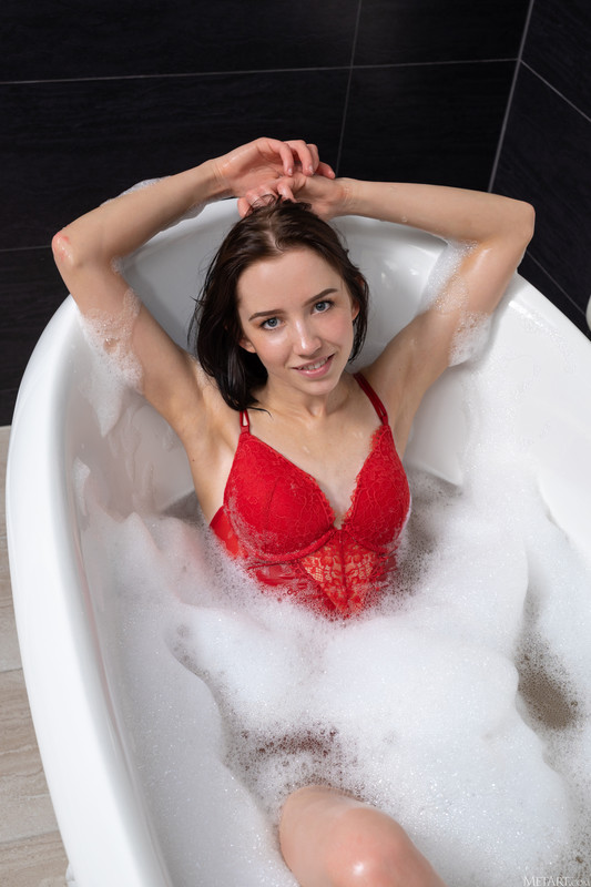 Erna - Holiday Bath (15 Feb, 2021)