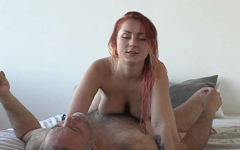 Sexy Kitty - Russian Girl Loves To Fuck [HD 720P]