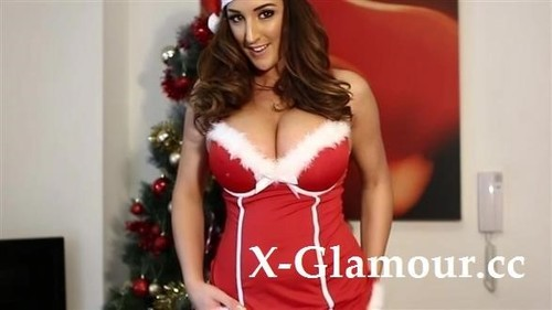 Stacey Poole - Christmas Fun With A Big Tits Chick (SD)