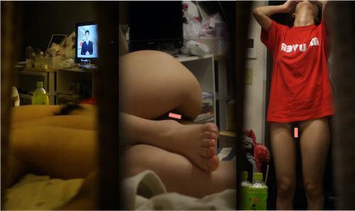 美人すぎる女子大生。一戦交えた後の休息か、足を組み替えた瞬間にはっきり具まで丸見えです。