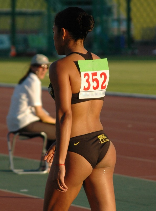 african athlete babe in sexy nike uniform