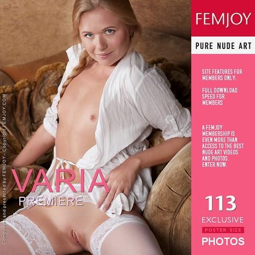 Varia - Premiere (x113)