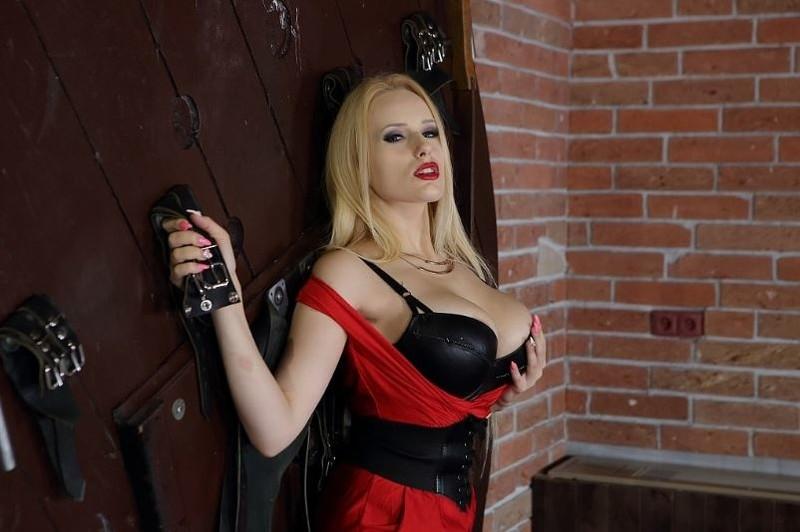Busty Blonde Angel Angel Wicky Gearvr