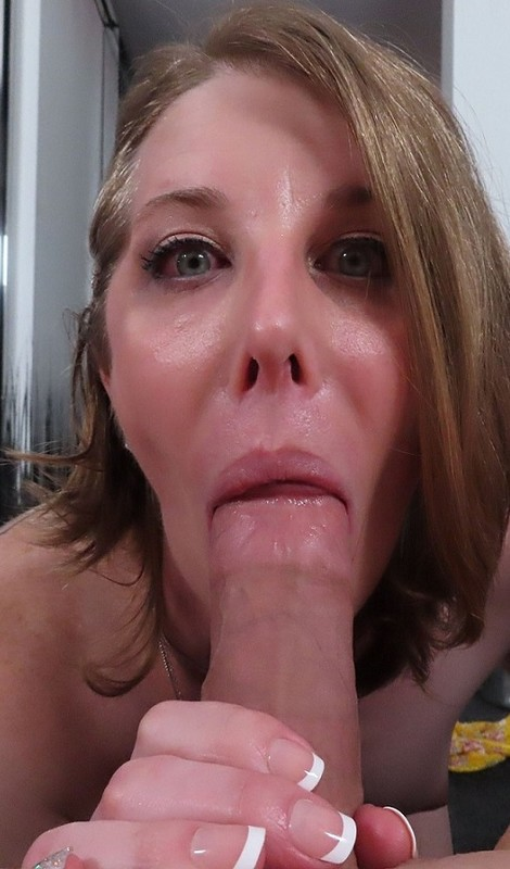 Cassie Cummings Big Booty Newbie Is Here To Take The D (23 March 2021)