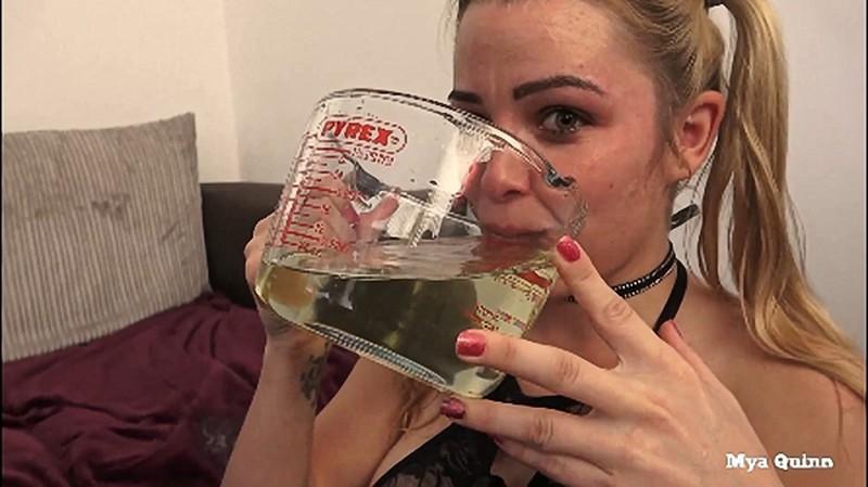 Deepthroat Piss Cum Cocktail Swallow Golden Shower - Mya Quinn [FullHD 1080P]
