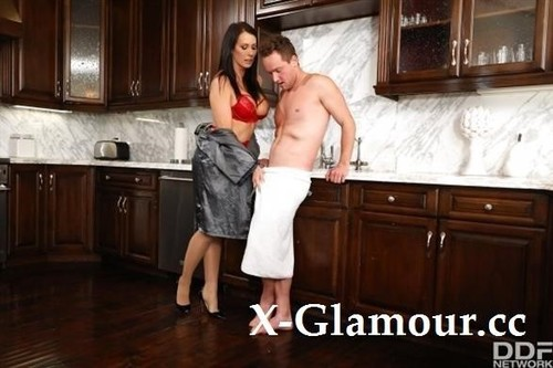 Cucked Housewife With Huge Headlights Gets Satisfaction From Her Lover [SD]