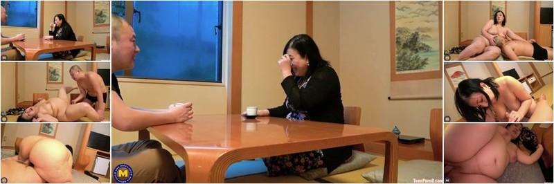 Shizuka Nikaido - Curvy Shizuka Nikaido has extra attention for her stepson (HD)