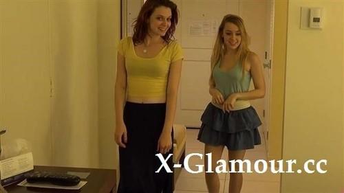 Amateurs - Lesbian Teens Having Good Time (2020/HD)