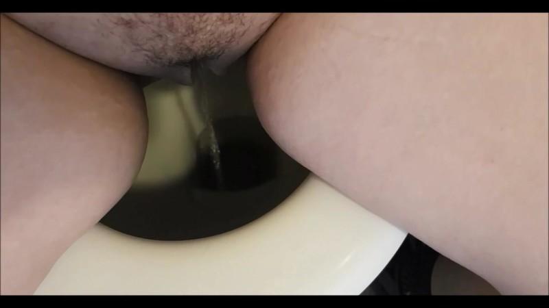 10 Min Pee Compilation [FullHD 1080P]