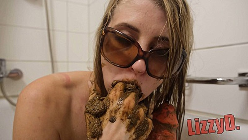 LizzyDirt - Horny Blonde anal fist and suck shit [UltraHD/4K 2160P]