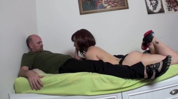Stepdaughter under hypnosis gives blowjob to elderly stepfather