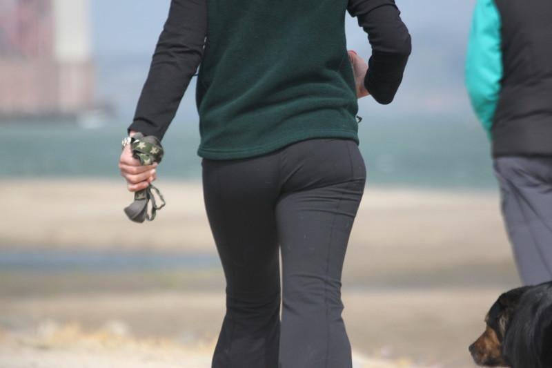 handsome milf butt in yoga pants